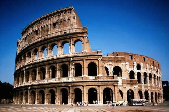 COLOSSEO, LA PRIMA COSA DI ROMA DA VISITARE PER FORZA