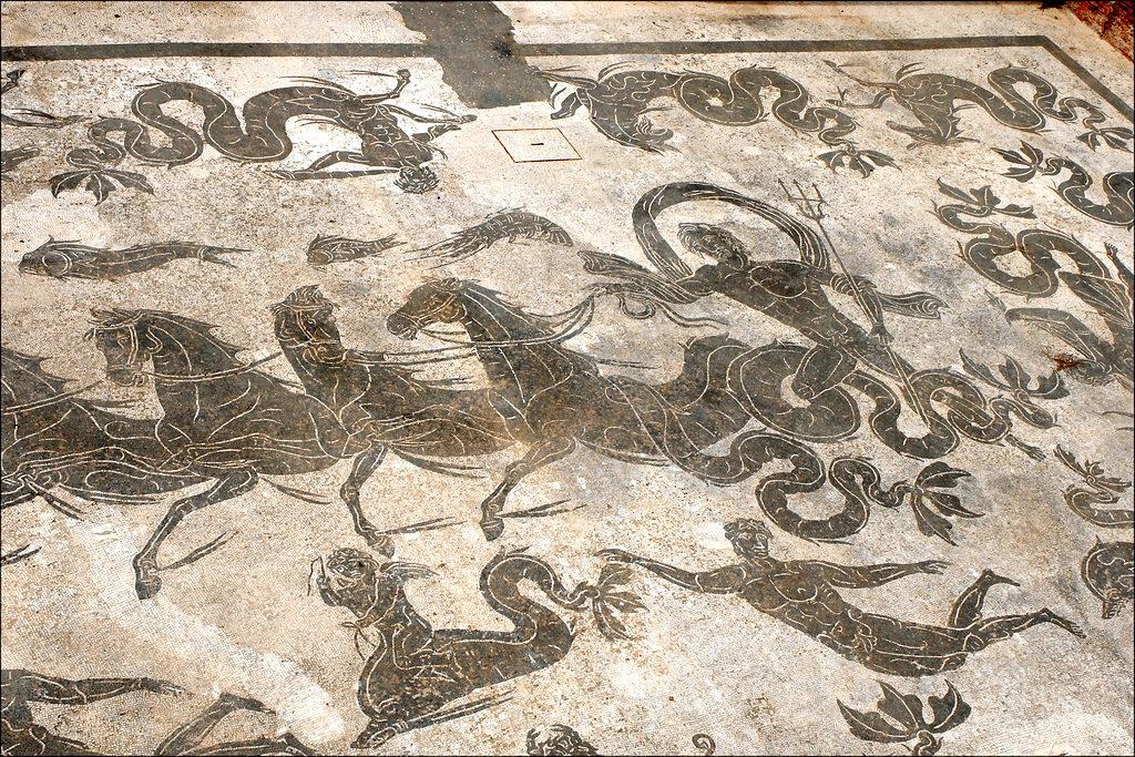 scavi ostia antica terme di nettuno